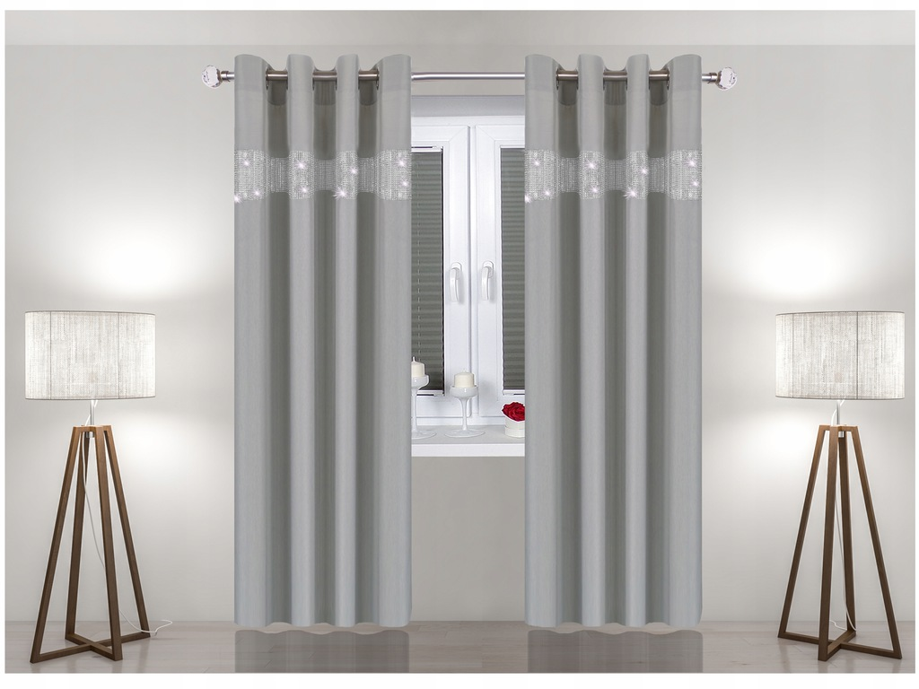 READY CURTAIN 140x250 ON THE GUIDES TAPE NZC